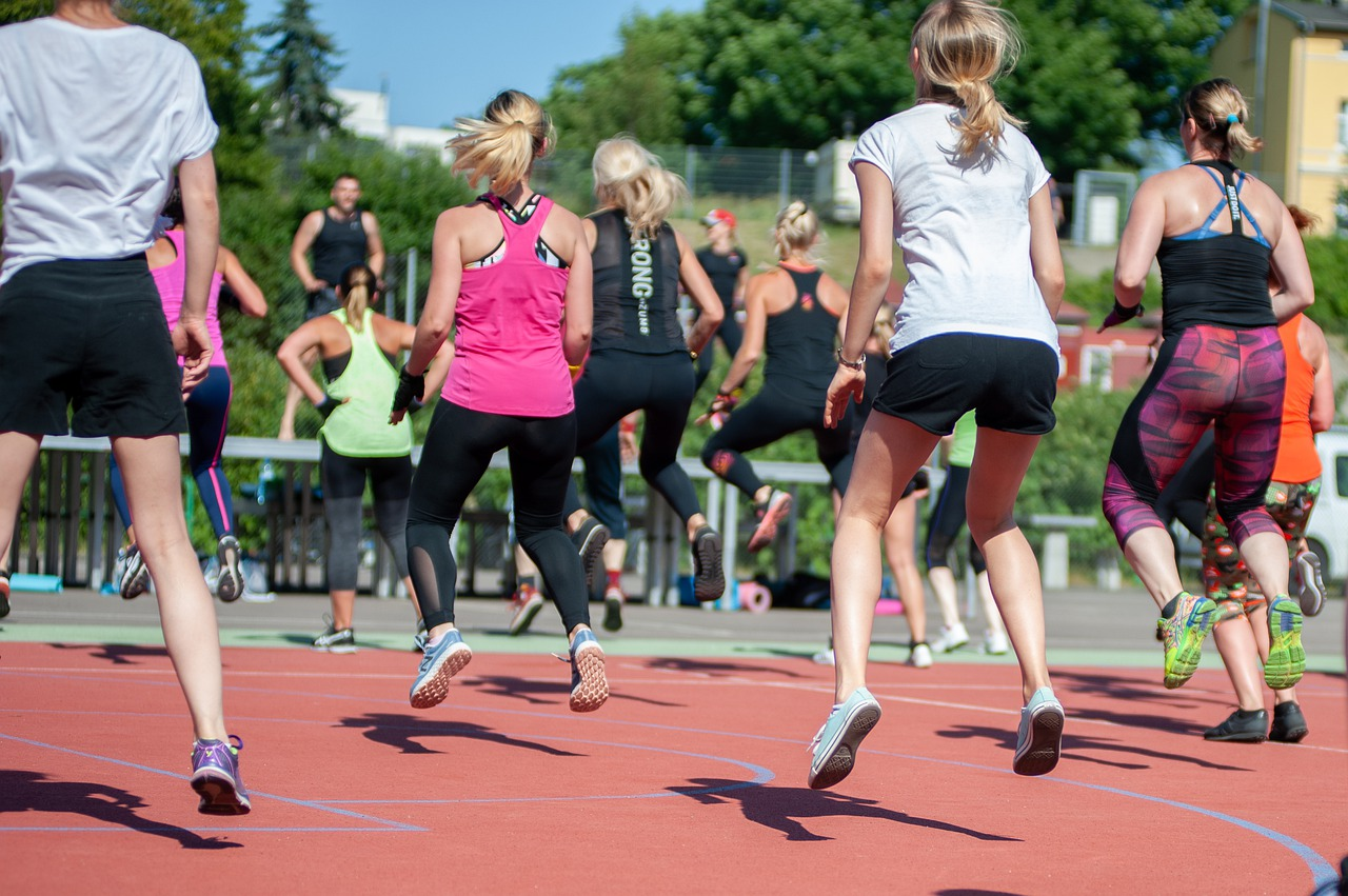 How to Prepare for Your First Women's Weight Loss Zumba Class